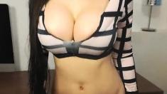 Big boobs amateur Enza banged for cash
