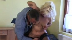 Cougar in pantyhose takes a stiff dicking up her gaping cunt